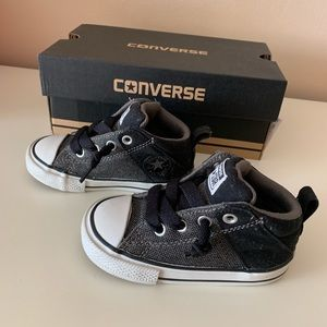 Infant Boys NWT Chuck Taylor Sneakers